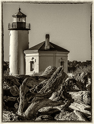 coquille_river_light_bw